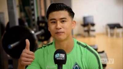 张玉宁亮相不莱梅问候球迷 新赛季用表现证明自己