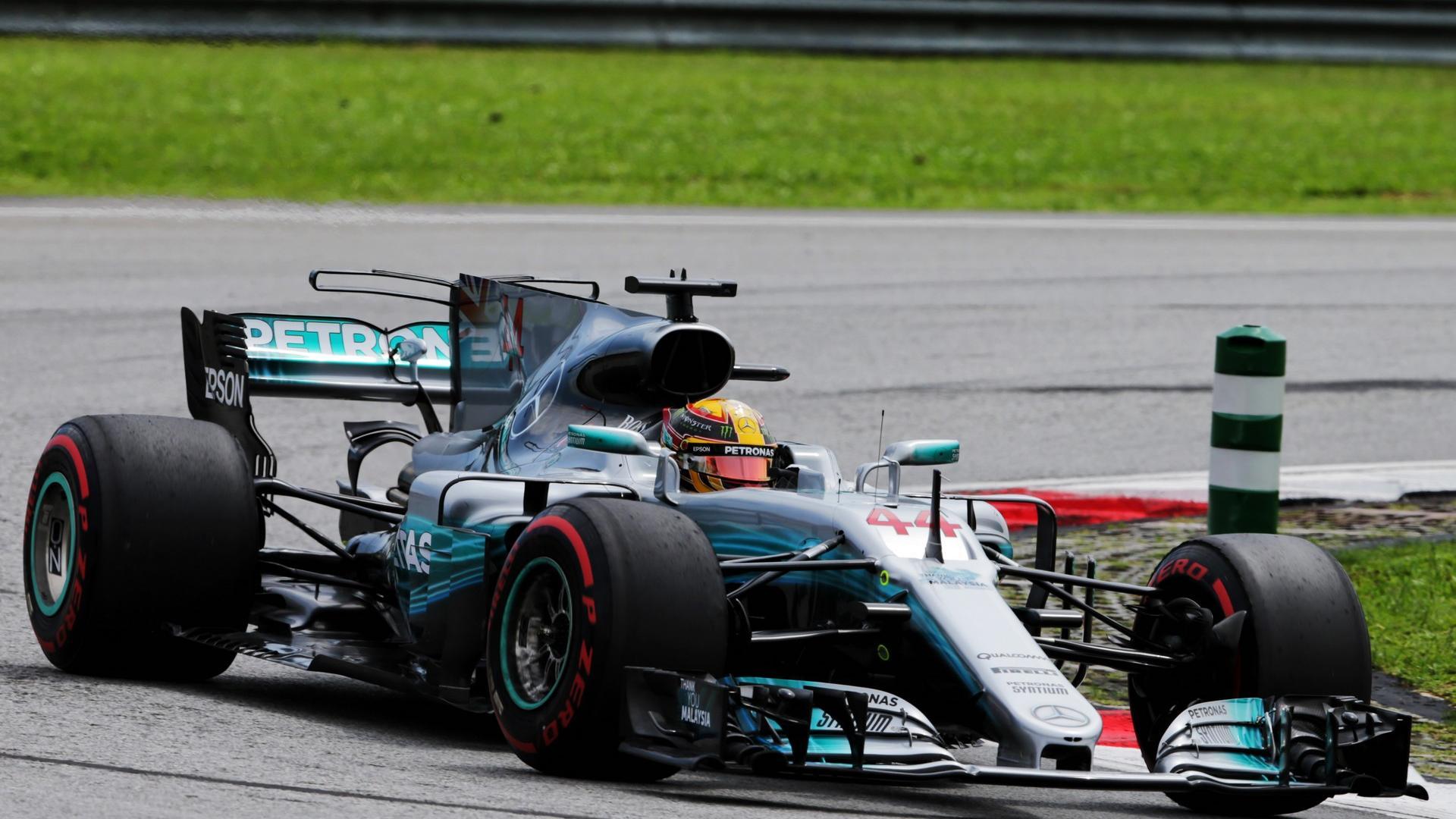 F1v视频视频|马来西亚大奖赛排位赛录像全场|马长头磕视频图片