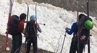 登山者加拿大远足遭遇雪崩 冒死拍下全过程