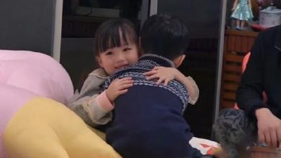 紫米兄妹迷之和好看呆爸爸 杨阳洋变大哥哥训斥妹妹