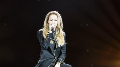 李玟演唱歌曲《What´s Up》 一展国际范儿风采