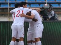 中超-上港3-1亚泰豪取双线5连胜 武磊2助攻3大外援破门