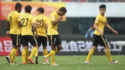 中超-于汉超88分钟救主斯蒂夫破门 延边1-1恒大