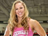 看UFC女神是如何训练的 心疼!