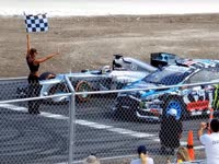 F1赛车PK拉力赛车 汉密尔顿大战肯-布洛克
