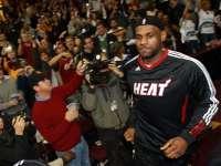 小孩拜访NBA巨星们!谁是你心目中的超级巨星