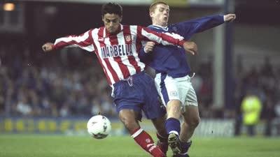 20年前莱斯特曾11分钟破马竞 维埃里助床单军2分钟逆转