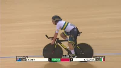男子个人追逐赛 澳大利亚选手夺冠教练喜笑颜开