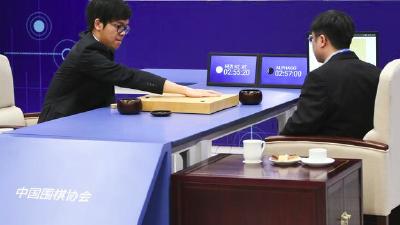 柯洁投子认负 AlphaGo再胜2-0