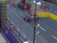 F1阿塞拜疆站二练 科维亚特赛车失控一度无法启动