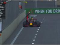 里卡多甩尾撞墙抛锚赛道 Q3闪起红旗沮丧退赛