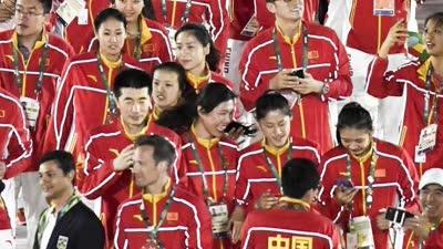 中国女排入场引关注 最美队员魏秋月遭搭讪