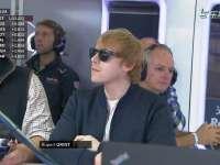 "F1英国站FP3:""罗恩-韦斯莱""现身红牛P房观战"