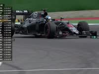 赛道不够跑!F1德国站FP1:阿隆索抱怨法拉利阻挡