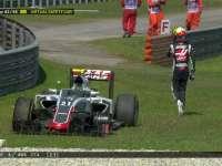 吓得Kimi一身汗!F1马来西亚站正赛:古铁雷兹轮子飞出