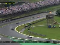 F1巴西站正赛:马萨TR与车队讨论赛道状况