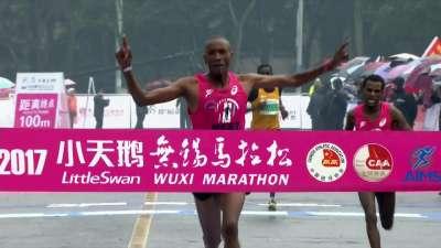 撞线之际戏剧性变化 中国选手杨定宏获第4名