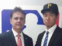宫海成签约匹兹堡海盗 棒球少年志在圆梦大联盟