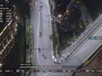 F1新加坡站正赛:塞恩斯赛车受损被黑橙旗召回