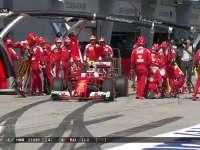 F1马来西亚站正赛:汉密尔顿莱科宁一起进站