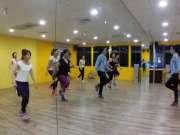 广场舞版鬼步舞《女人没有错》教学,最近这舞各大广场超流行!