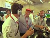 F1奥地利站排位赛集锦 汉密尔顿雨后混战夺杆位
