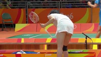 日本女羽球手奥运集锦  青春面庞惹人怜爱