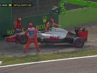 F1意大利站FP3:格罗斯让受损赛车被吊走