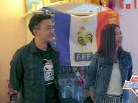 小爱语熙球迷家做客 浪漫的法国国旗惊呆小伙伴