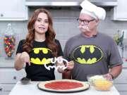 BATMAN PIZZA w my Dad! - NERDY NUMMIES
