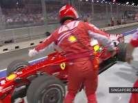 """F1新加坡站经典 2008年马萨与DC毁于""""惊天""""进站"""