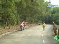 考验正式来临!领跑选手进入最难连续上陡坡路段