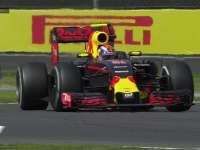 F1墨西哥站正赛:维斯塔潘压过古铁雷兹碎片