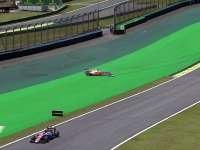 F1巴西站FP1:维特尔失控赛车打滑冲出赛道