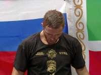 王者也会遇到难缠的人 俄罗斯战将成功卫冕金腰带
