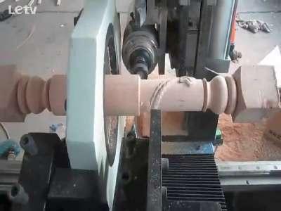 新款多功能数控木工车床