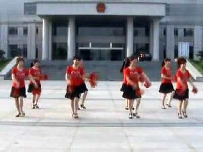 蔡兰珍广场舞队形舞蹈恭喜发财