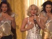 Lady Gaga与R.Kelly玩角色扮演掀AMA高潮