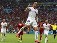 桑切斯任意球攻门 悍将补射命中智利2-0领先