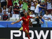 安德烈阿尤头球抢点破门 加纳1-1扳平比分