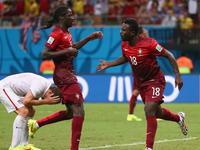C罗助瓦雷拉破门 葡萄牙最后时刻扳平比分