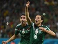 瓜尔达多推射破门 墨西哥2-0奥乔亚激情庆祝