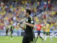 马塔替补上阵穿裆破门 西班牙3-0锁定胜局