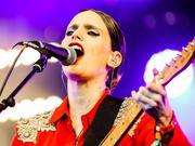 安娜·卡维:2014英国Glastonbury音乐节演出实录