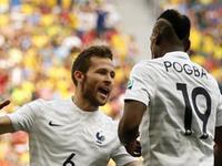 博格巴头球吊门终破网 法国1-0领先尼日利亚