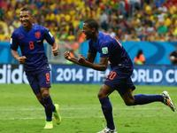 维纳尔杜姆推射锁胜局 荷兰3-0完胜送主帅