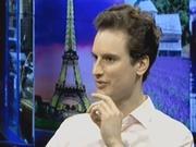 《边走边看》20140908:给你不一样的花样巴黎 亚洲夫妻男性像爸爸