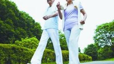 百岁老人长岁秘诀是走路 预示疾病的走路姿势