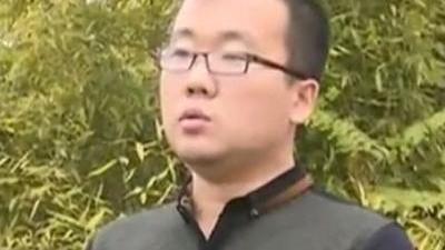 挂车起火烧毁数量越野 村民捕获16斤大老鼠