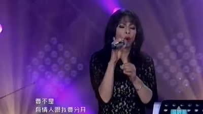 八大国内外唱將高歌 腾格尔惜败劳拉费琪